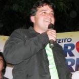 Pedro Ricardo com o apoio incondicional dos pais, o ex-prefeito Dr. João e Regina. (Foto: Paulo Lulo)