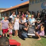 A presidente da AMEAS, Edna Calheiros, lançou a campanha na Escola Municipal Alzira de Moraes Matos no Rio Mole (Foto: Divulgação/AMEAS)