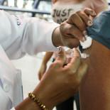 A vacina também previne, entre outras gripes, a do vírus H1N1 (Foto: Divulgação Portal Saúde RJ)